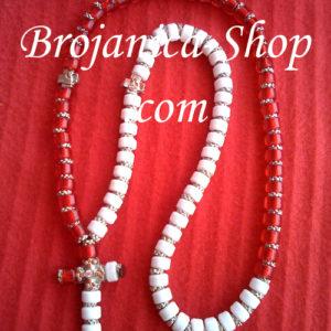Ogrlica od perli crveno – bela sa srebrnim šajbnicama