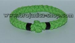 Brojanica pletena zelena sa crnim perlama