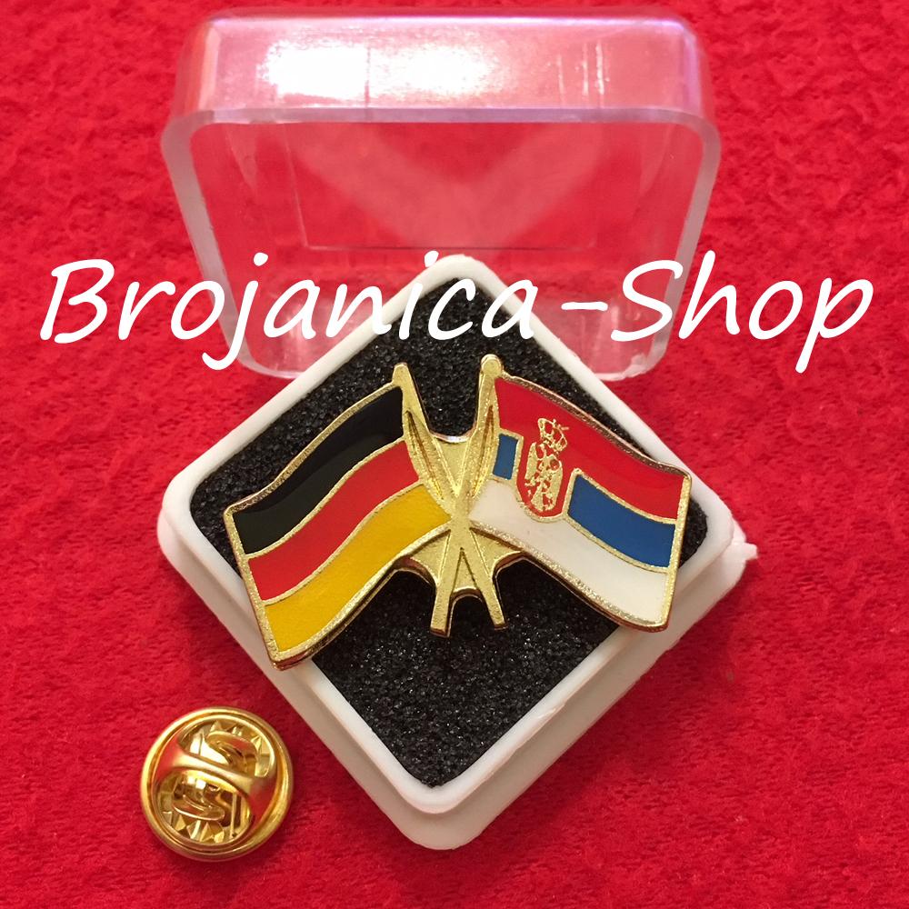 693 Značka zastave Srbija – Nemačka u kutijici